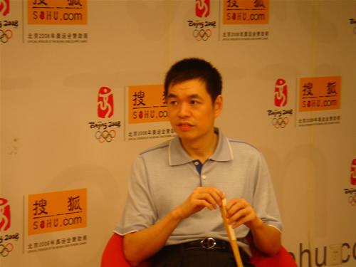 图文:[围棋]马晓春做客搜狐 称古力将恢复状态