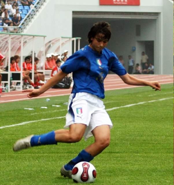 图文:[邀请赛]泰国0-5意大利 意大利队员进攻