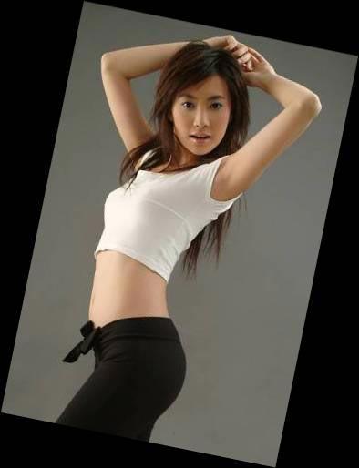 亚洲美女成人图_图文:亚洲杯美女球迷阳阳 青春靓丽s曲线性感