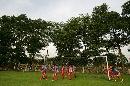 图文:国足抵达大马首训 绿树掩映的训练场