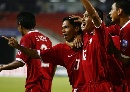 图文:[亚洲杯]泰国VS伊拉克  队员庆祝进球