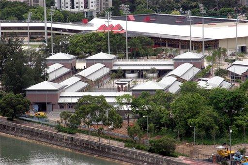 图文:香港奥运马术赛场竣工 俯瞰沙田马厩