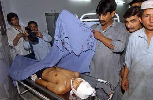 医院里,不幸遇难的中国工人。