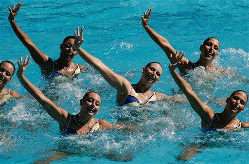 图文:巴西泛美运动会即将举行 花样游泳表演