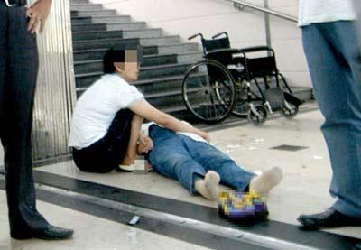 郑州老太福州火车站猝死