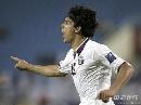 图文:日本1比1卡塔尔 巴斯蒂安-昆塔纳庆祝进球