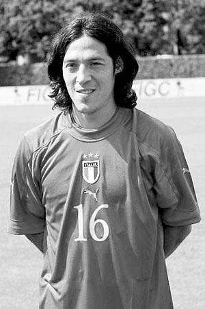 卡莫拉内西下赛季仍效力尤文 明天有望完成续约