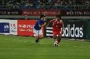 图文:[邀请赛]意大利-泰国 泰国球员边路突破