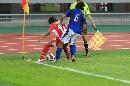 图文:[邀请赛]意大利-泰国 泰国进攻球员护球