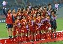 图文:[邀请赛]中国1-0墨西哥夺冠 赛后合影