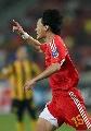 图文:[亚洲杯]中国5-1大马 王栋庆祝进球