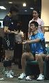 图文:乒乓球队接受测试 王励勤和张怡宁