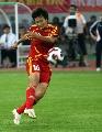 图文:[邀请赛]中国VS墨西哥 刘亚莉起脚长传