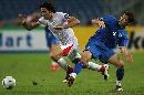 图文:[亚洲杯]伊朗2-1乌兹别克 内科南变向突破