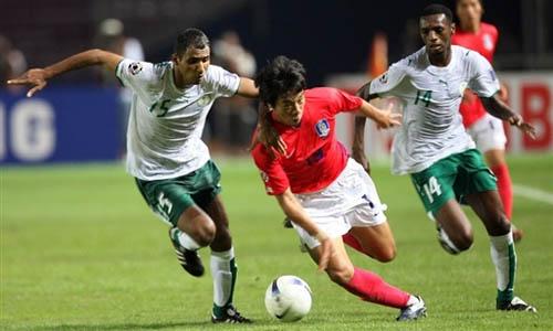 图文:[亚洲杯]韩国1-1沙特 廉基勋边路突破