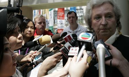 图文:奥运马术易地香港 马协主席比拉尔公主