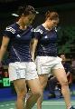 图文:羽毛球大师赛女双 法国组合很低迷