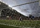 图文:[亚洲杯]泰国2-0阿曼 通甘亚破门全景
