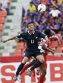 图文:[亚洲杯]泰国2-0阿曼 赛纳芒惨遭侵犯