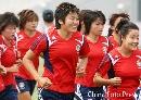 图文:[女足]马晓旭参加全队合练 回家感觉真好
