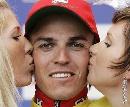 图文:2007环法第六赛段赛况 接受亲吻