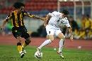 图文:[亚洲杯]乌兹别克5-0大马 索洛明控球出色