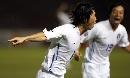 图文:[亚洲杯]韩国VS巴林 金斗铉庆祝进球