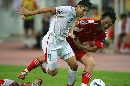 图文:[亚洲杯]中国2-2伊朗 继海VS哈什米安