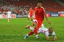 图文:[亚洲杯]中国2-2伊朗 锋卫之争韩鹏胜出