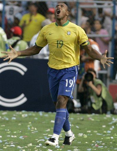 图文:[美洲杯]阿根廷VS巴西 巴普仰天长啸