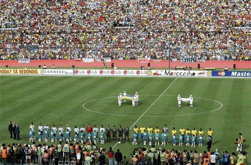图文:[美洲杯]阿根廷VS巴西 双方首发11人