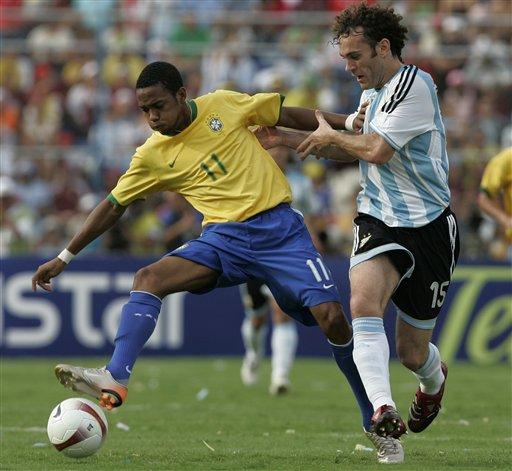 图文:[美洲杯]阿根廷VS巴西 罗比甘当幕后功臣