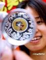 图文:奥运金银标志大全在辽宁展出 展示徽章