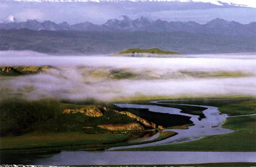 巴音布鲁克草原天鹅湖