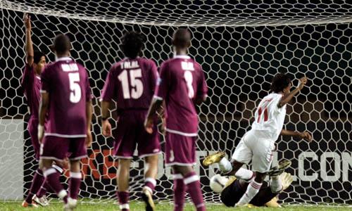 图文:[亚洲杯]卡塔尔1-2阿联酋 哈里尔绝杀瞬间