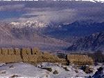 昆仑山下古遗址