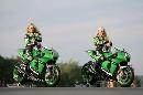 图文:[MotoGP]德国站美女 机车女孩摆pose