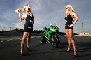图文:[MotoGP]德国站美女 长发飘飘
