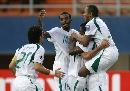 图文:[亚洲杯]沙特VS巴林 沙特队庆祝进球