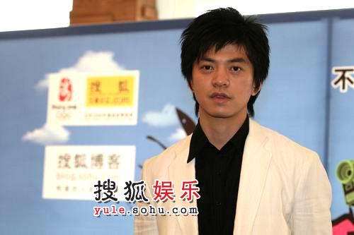 搜狐博客大会 何洁 李健接受独家采访07