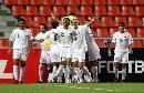 图文:[亚洲杯]伊拉克2-0越南 伊队球员庆祝进球