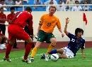 图文:[亚洲杯]日本5-4澳大利亚 中村在比赛中