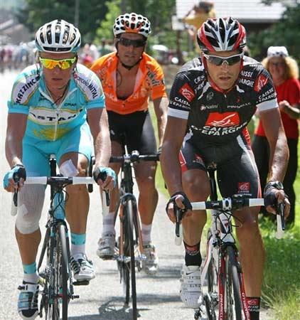 图文:环法自行车赛15赛段 维诺库罗夫比赛中