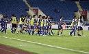 图文:[亚洲杯]沙特3-2日本 日本队员黯然退场