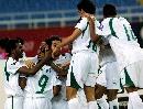 图文:[亚洲杯]沙特队晋级决赛 球员庆祝进球