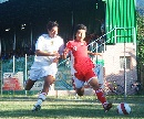图文:[热身赛]国奥0-0莱切 姜宁带球突破