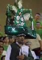 图文:[亚洲杯]沙特3-2日本 超级大帽子