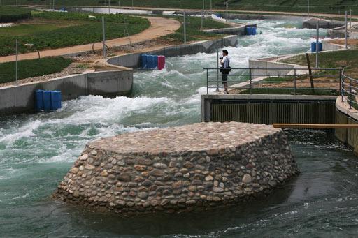 图文:北京顺义奥林匹克水上公园 激流回旋场地