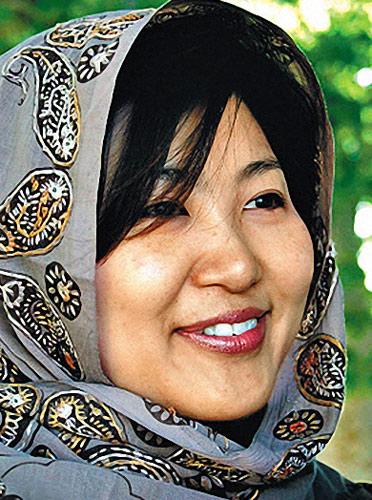 柳天周(Hyun-joo),一名来自首尔的32岁女护士。