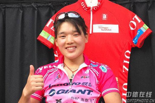 图文:环图林格勒自行车赛 中国车手王飞夺冠军